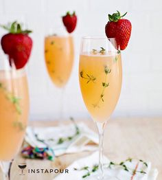 #ChampagneWeek2016   ● NAME: Strawberry Grapefruit Mimosa ● CREDITS: A Beautiful Mess Blog ● DETAILS: Grapefruit Juice shaken with Strawberry Slices, Thyme, Champagne  Instapour.com