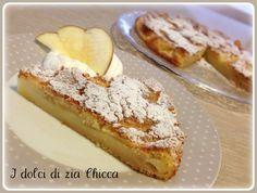 La Torta di mele speciale è un dolce goloso che preparo spesso.Si scioglie in bocca e si prepara in pochi minuti, provatelo.