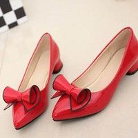Upper material: PU Sole material: Rubber Suitable season: spring, autumn Color:white,black,red Size: