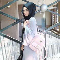 Hijabi Hijab Makeup, African Prom Dresses, Hijab Fashion Inspiration, Arab Girls, Stylish Girls Photos, Hijabi Girl, Girl Photo Poses, Girls Dpz, Mode Hijab