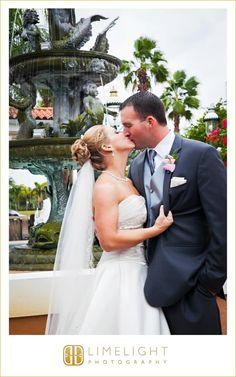 SAFETY HARBOR RESORT AND SPA, Florida, bride, groom, wedding dress, white dress, wedding photography, Limelight Photography www.stepintothelimelight.com