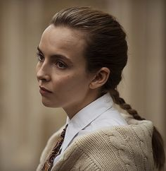 Top Tv Shows, Forest Color, Sandra Oh, Jodie Comer, Vogue, I Have A Crush, Hair 2018, Just Girl Things, Look Cool