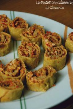 Voici la 2e recette salée faite lors de mon anniv avec mes copines blogueuses et conjoints. J'ai refait la recette des crêpes à la soupe, j'ai utilisé un reste de poulet rôti que j'ai mélangé à de la sauce mole Casamex (très très piquante), de la purée...
