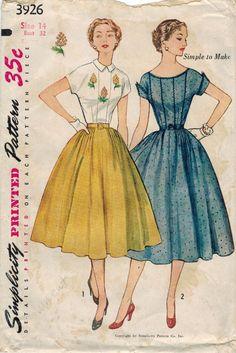 Cette robe de 1952 va remonter le moral, avec son style ensoleillé et détails merveilleux !  Robe corsage comporte un avec des pinces, avec votre