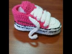 converse all star uncinetto/ crochet pattern all star converse All Free Crochet, Crochet Bebe, Crochet For Kids, Crochet Yarn, Knitting For Kids, Baby Knitting, Baby Patterns, Crochet Patterns, Crochet Shoes