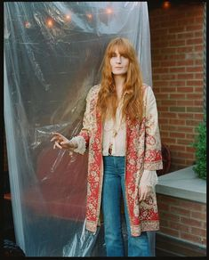 Florence for the New York Times Estilo Florence Welch, Florence Welch Hair, Florence Welch Style, Florence Welsh, Florence The Machines, Celebrity Style Inspiration, Mein Style, Rock Outfits, How Beautiful