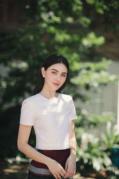 "Davika Hoorne on Twitter: ""ดาวิเองงง♥️🙏🏻เรียบร้อยจนตกใจ555… "" Asian Wedding Makeup, Mai Davika, Myanmar Dress Design, Myanmar Traditional Dress, Sunday Dress, Asia Girl, Winter Fashion Outfits, Girl Model, Hottest Models"