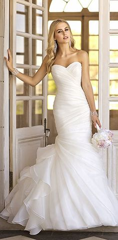 This is exactly the dress I want to wear on my special day! Essense of Australia, Martina Liana Stella York Wedding Dresses — 2014 Bridal Collections Highlight Wedding Dresses 2014, Wedding Attire, Wedding Gowns, Ivory Wedding, Ruched Wedding Dress, Wedding Dress Trumpet, Party Dresses, Dresses 2016, Wedding Reception
