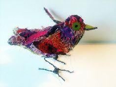 Textile birds  http://thelifeofatextilesteacher.blogspot.com/2011/07/bird-brain.html
