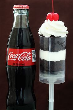 coca cola push pops! Can't wait to try to make these. Just need the Push up pop container!