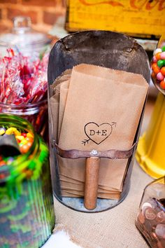 love these stamped bags via style me pretty. And vintage scoop....ohhh...I could do this!!!