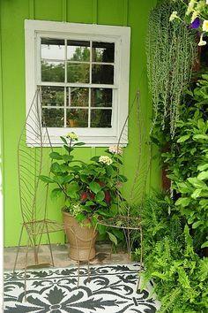 Stencil courtyard/fabulous green shed