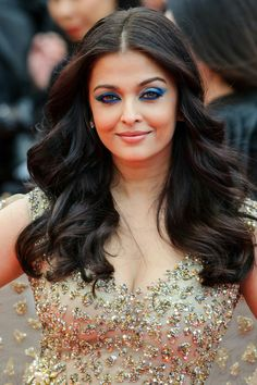 Bollywood actress and former Miss World Aishwarya Rai arrived at the 2016 Cannes Film Festival, and attended the screening of 'Ma Loute'. Bollywood Actress Hot Photos, Indian Bollywood Actress, Beautiful Bollywood Actress, Most Beautiful Indian Actress, Bollywood Celebrities, Indian Actresses, Hindi Actress, Aishwarya Rai Pictures, Aishwarya Rai Photo