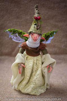 OOAK FAIRY DOLL. OOAK criatura fantástica pixie del musgo Lady Sinana por GoblinsLab. Fairies and Goblins.  Handmade. Ooak Doll. criatura fantástica por GoblinsLab. Criaturas Mágicas de Fantasía hechas a mano, por el artista Moisés Espino. The Goblin´s Lab. Madrid. Criaturas 100% hechas a mano. Duendes, Hadas, Trolls, Goblins, Brownies, Fairies, Elfs, Gnomes, Pixies....  *Artist Links:  http://thegoblinslab.blogspot.com.es/ https://www.etsy.com/shop/GoblinsLab…