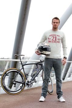 Giedo and his training 'vehicle' SHIMANO DURA-ACE KOGA KIMERA
