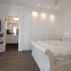 Built In Wardrobe with ensuite access