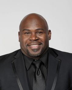 David Mann Pictures - NAACP Image Awards - Portraits David Mann August Happy Birthday to David Mann who turns 48 today. What Makes A Man, What Is Love, Tamela Mann, Funny Comedians, Bald Men, Just For Men, Celebs, Celebrities, Portraits