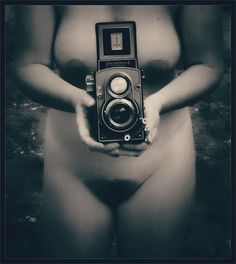 Camera & nude Nude One Woman Only One Person Monochrome Black And White Bkack & White Eyeem Black And White Photography Blackandwhite Black And White Sensual_woman Woman Camera - Photographic Equipment Photographing