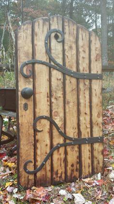 Backyard Gates, Garden Gates And Fencing, Garden Doors, Fences, Garden Fence Art, Garden Entrance, Garden Arbor, Diy Fence, Garden Paths