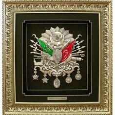 Osmanlı Devlet Arması  Firmamızın ürettiği kalıpları ve tasarımı kendimize ait ürünlerdir.  Toptan ve perakende satışımız mevcuttur.  Osmanlı Devlet Arması Promosyon olarak özel üretim mevcuttur.  Göbek olarakda  satılmaktadır.  Lütfen irtibata geçiniz.
