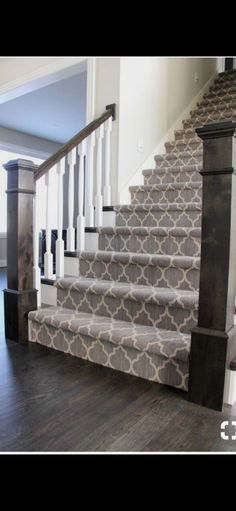 Looking for Modern Stair Railing Ideas? Check out our photo gallery of Modern Stair Railing Ideas Here. Looking for Modern Stair Railing Ideas? Check out our photo gallery of Modern Stair Railing Ideas Here. House Stairs, Modern Houses Interior, Modern Stair Railing, Modern Stairs, Home Remodeling, New Homes, House Interior, Staircase Makeover, Patterned Stair Carpet