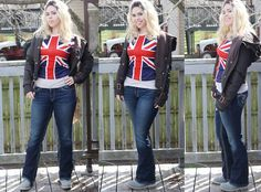 This is a Rose Tyler cosplay. My word.both my Mom and I thought it was really Billie Piper! --- wait it's not Billie Piper? Rose Tyler Costume, Rose Tyler Cosplay, Rose Tyler Outfit, Doctor Who Cosplay, Amazing Cosplay, Best Cosplay, Doctor Who Rose, Renaissance, Billie Piper