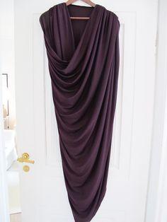 DIY TUTE draped dress. So easy!