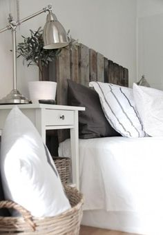 White Wood Headboard - Design photos, ideas and inspiration. Amazing gallery of interior design and decorating ideas of White Wood Headboard in bedrooms by elite interior designers. Home Bedroom, Bedroom Decor, Clean Bedroom, Extra Bedroom, Bedroom Ideas, Bedroom Furniture, Nature Bedroom, Warm Bedroom, Upstairs Bedroom