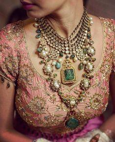 Stunning polki and jadau bridal jewellery  WedMeGood  Shimareet & Manav #wedmegood #indianweddings #polki #jadau #bridaljewellery #jewellery