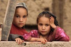 16 photos époustouflantes parfois oubliées des enfants du Maroc profond