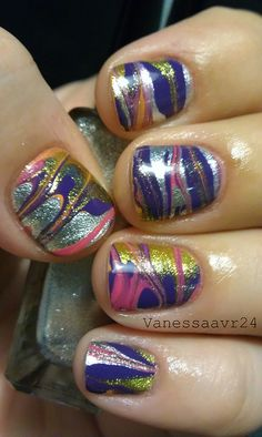 "Gorgeous multicolored ""dry"" water marbling with purple, pink, gold and silver (using a ziploc bag)"