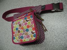 Hip-Bag oder Hüfttasche ... Modell Donut ... Eigener Schnitt und selbst gefertigt.