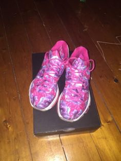 SIZE 10 KD 8 Aunt Pearl 8/10 Basketball Shoes