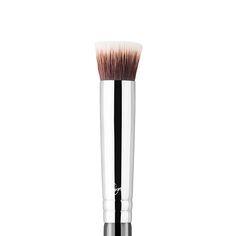 P80 - Precision Flat Brush | Sigma Beauty