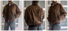 Cazadora tipo bomber de ante marrón con capucha incorporada en el cuello, talla M: 25 euros.Para ver todo lo que tenemos, dale a me gusta en nuestra página de facebook Baúl De-sastre: https://www.facebook.com/pages/Ba%C3%BAl-De-sastre/1453956378172483