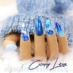"""BM4094 Klebeschablonen - LENZ art products - Kreativ von A-Z 💅 """"Elsa"""" präsentiert die heutigen Nailart Airbrush Designs...🤩 Draussen ist es kalt und es schneit gerade, deshalb passend zu den Temperaturen die Farbe 💙 Blau 💙. . . . . #nails #nailart #airbrush #airbrushnails #nailairbrush #nailstyle #nailartairbrush #nailpictures #nailstudio #nailsnailsnails #unhas #ongles #nailsdesign #nailideas #airbrushnailsdesign #nailtech #needfollowers Airbrush Designs, Elsa, Nailart, Beauty, Finger Nails, Cold, Color Blue, Creative, Beauty Illustration"""