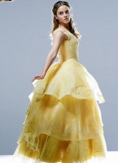 Emma W. Thailand: New pictures of Emma Watson as Belle in 'Beauty and the Beast Emma Watson Hot, Ema Watson, Emma Watson As Belle, Beauty And The Beast Costume, Belle Beauty And The Beast, Hermione Granger, Live Action, Beast Film, Cosplay Costumes For Sale