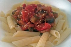 Pomodoro cu vinete Spaghetti, Ethnic Recipes, Food, Recipes, Essen, Meals, Yemek, Noodle, Eten
