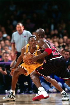 """MJ: """"Excuse me youngin' the buckets are calling me!"""" Kobe: """"Oh shit! Where's my help at?!"""""""