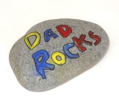 Father's Day Craft: Dad Rocks Rock painting kids craft stone Kids Fathers Day Crafts, Fathers Day Art, Fun Crafts For Kids, Projects For Kids, Fathers Day Gifts, Art Projects, Summer Crafts, Diy Father's Day Crafts, Father's Day Diy