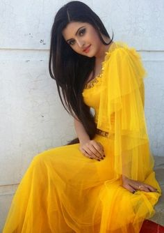 Images of Pori Moni Bangladeshi Actress & Biography 24 Beautiful Indian Actress, Beautiful Actresses, Western Girl Outfits, Pori Moni, Bollywood, Beautiful Girl Photo, Beautiful Ladies, Stylish Girl Pic, Stylish Girl Images