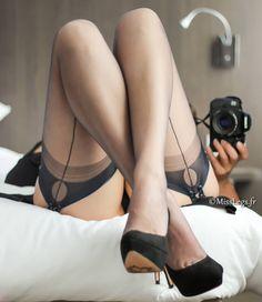"""MissLegs (@misslegs.fr) sur Instagram : """"Selfie souvenir... #misslegs #selfie #miroir #reflet #shoot #heels #shoesaddict #highheel…"""""""