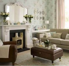 leather furniture living room photos   Room Ideas for Small Spaces: Living Room Styles With Leather Sofa ...