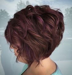 Short Graduated Brown Bob with Subtle Purple Highlights Defend your hair Generally defend your own Bob Hairstyles For Thick, Short Haircuts, Highlighted Hairstyles, Teenage Hairstyles, Hairstyles Men, 50 Year Old Hairstyles, Pretty Hairstyles, Boy Haircuts, Funky Hairstyles