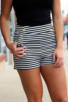 Sail high-waisted shorts; Nautical inspired outift #thenewnautical