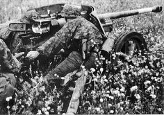 Waffen-SS anti-tank gunners | Flickr - Photo Sharing!