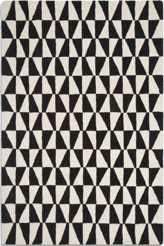 Geometric prints always seem to be in vogue, either on the catwalk or in art. This year is no different. We're bringing three geometric prints i...
