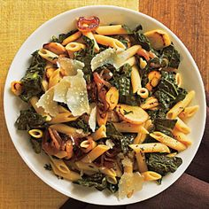 Pasta with Black Kale, Caramelized Onions, and Parsnips from Cooking Light Black kale—sometimes called cavolo nero—is dark green and becomes very tender when cooked. If black kale is unavailable, use regular kale. Parsnip Recipes, Kale Recipes, Pasta Recipes, Vegetarian Recipes, Cooking Recipes, Healthy Recipes, Recipe Pasta, Healthy Foods, Recipies