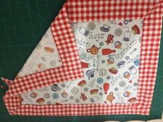 Homemade Blankets Sewing Pillows Baby Decor Mug Rugs Quilt Corners Mitered Corners Patchwork Sewing Hacks Sewing Projects Sewing Hacks, Sewing Tutorials, Sewing Crafts, Sewing Projects, Sewing Patterns, Homemade Blankets, Quilt Corners, Lotion Bars, Artisanal