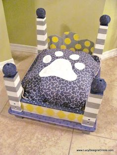Dog Bed from an End Table - Gray and Yellow Lucy Designs Diy Dog Bed, Diy Bed, Animal Projects, Diy Projects, Custom Dog Beds, Dog Furniture, Furniture Removal, Steel Furniture, Funky Furniture